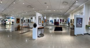 Visit the Cultural Council's Holiday Pop-Up Shop:ARTSee & Shop at the Town Center